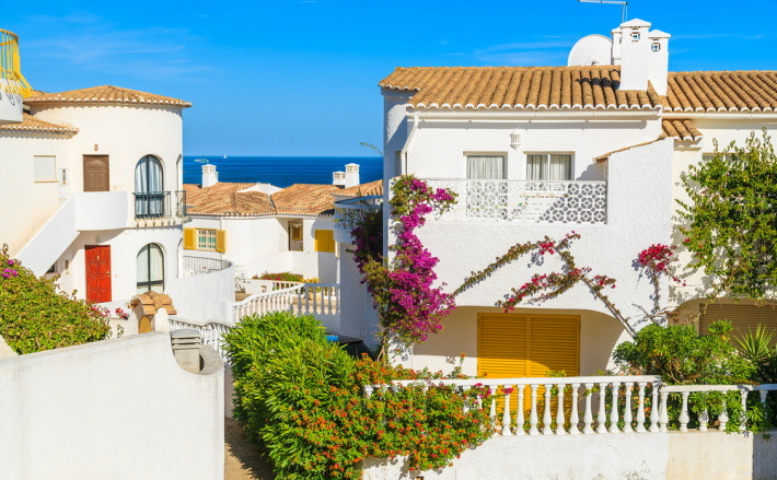 Portugal property market enjoys hot summer