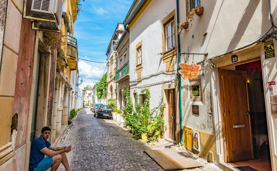 Expat hotspots: 5 places the British love to live - Portugal