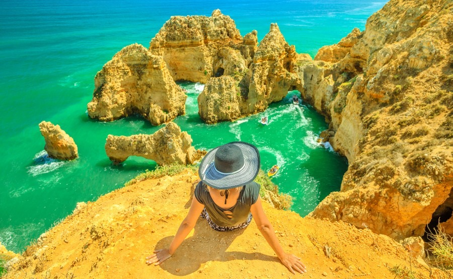 With year-round sunshine and so many beautiful towns and villages, it's little wonder that the Algarve is so popular among British buyers.
