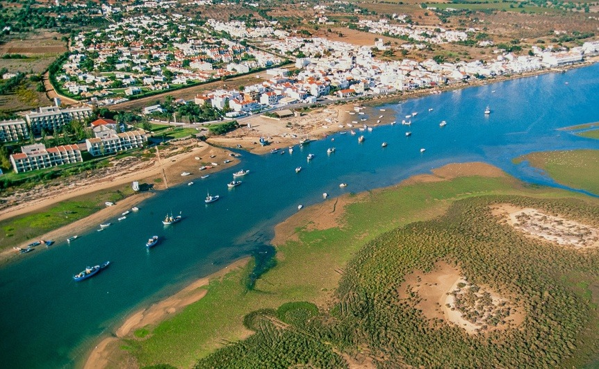 A holiday home in Portugal, in Cabanas de Tavira?