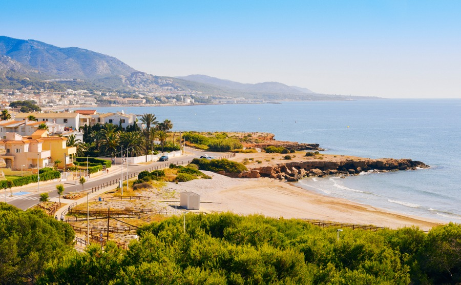 The Costa del Azahar is sometimes overlooked by buyers, making it one of the great area to buy in Spain.