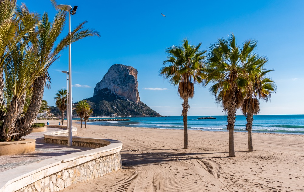 Calpe's beautiful surrounds and wide range of homes means it's a great place to buy property in the north of the Costa Blanca