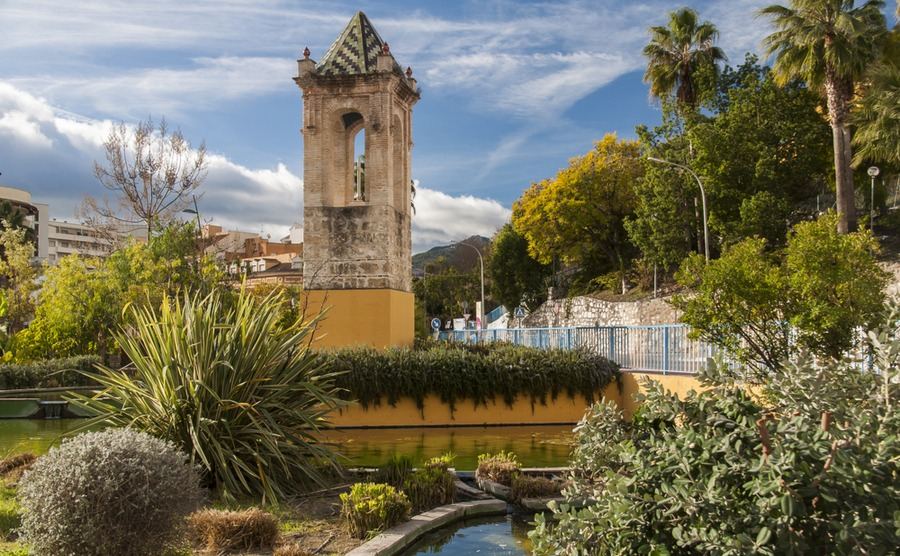 Coín is a great place to look if you want to be just inland from Malaga.