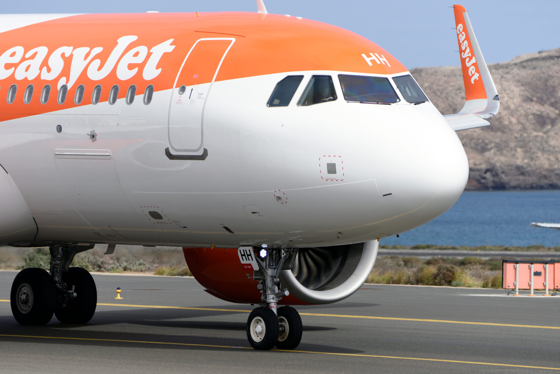 EasyJet arrives at Las Palmas, Spain
