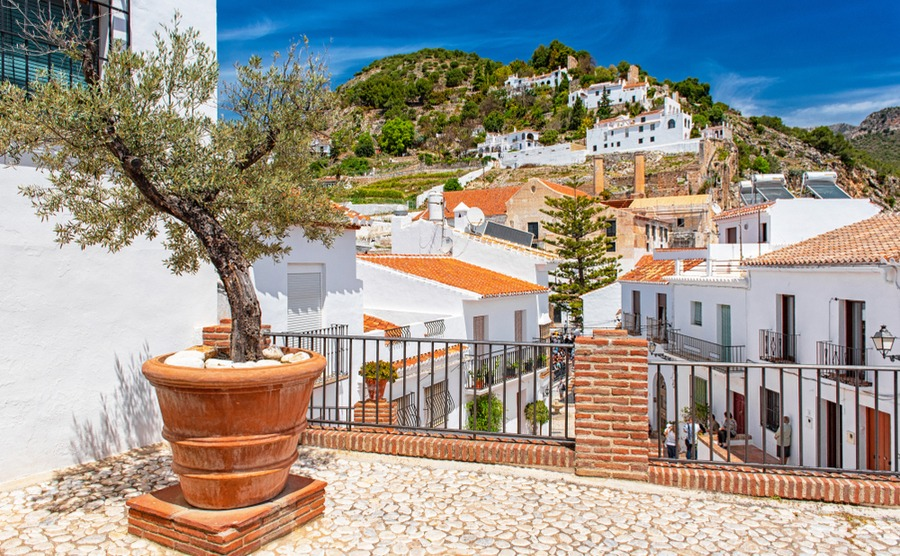 Small towns like Frigiliana really embody the authentic feel of Axarquía. Botond Horvath / shutterstock.com