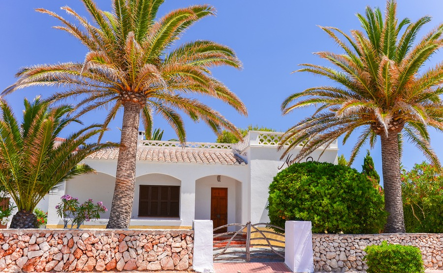 Should you use a property hunter to find your home in Spain?