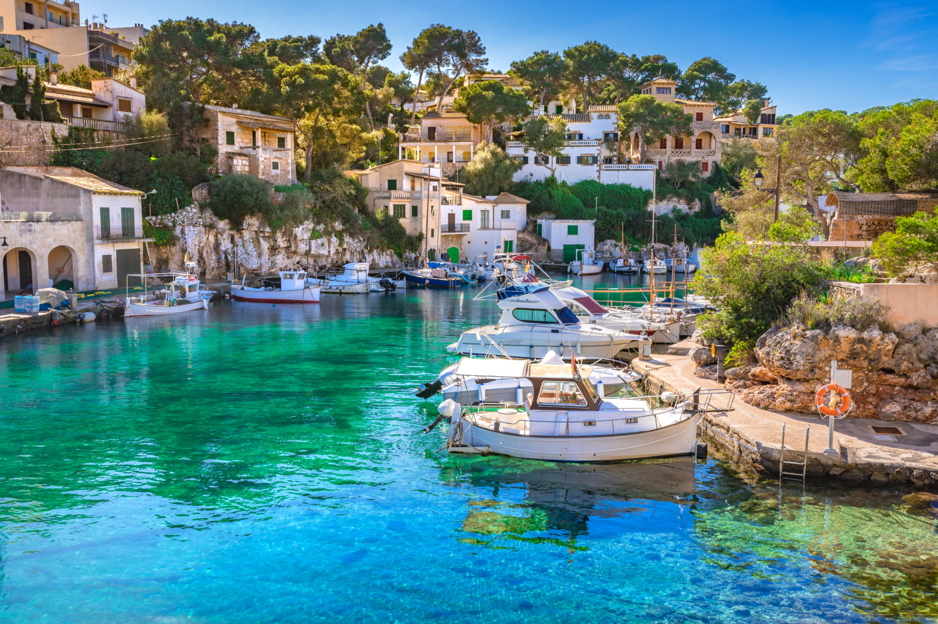 Idyllic fishing village harbour of Cala Figuera, Santanyi, Mallorca
