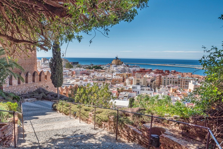 Almería has an unbeatable location, with the sea, mountains and the historic city of Granada all close by. Despite this, it still has some of the cheapest homes in Spain.