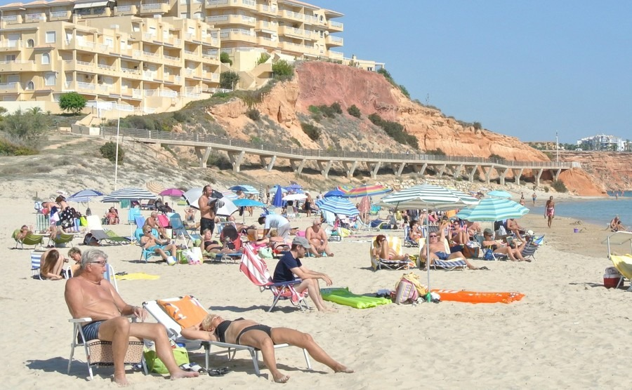 orihuela-costa-is-recognized-as-the-most-ecological-clean-region-of-europe-marbella-style-golden-mile