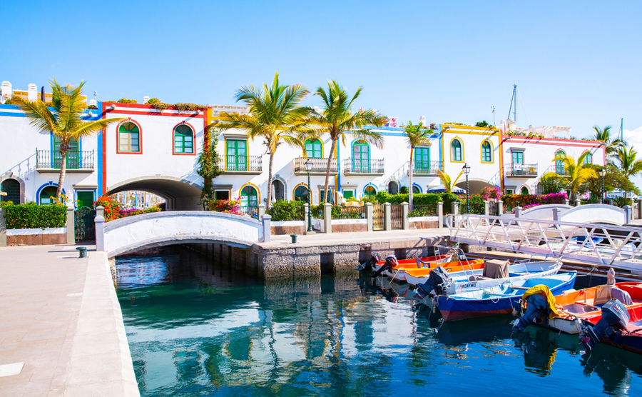 The Canary Islands enjoy temperatures of as much as 23º in January! Traveller70 / Shutterstock.com