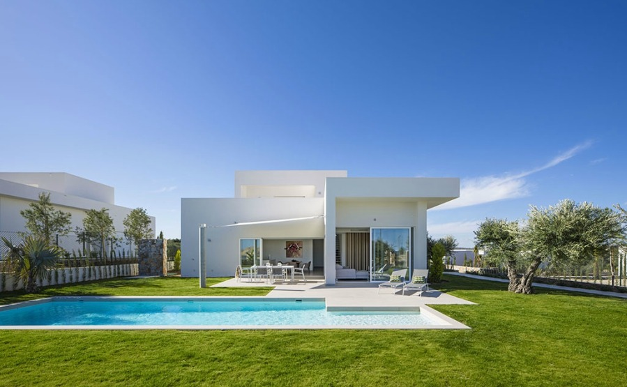 This exclusive project of luxury villas on the famous Las Colinas Golf has peaceful, quiet, low-density homes on sale for €690,000. Click on the image to view more details.