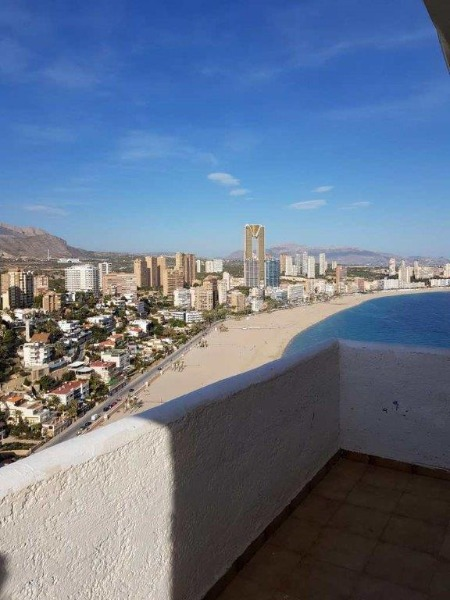 One-bedroom apartment in Benidorm for €158,000.