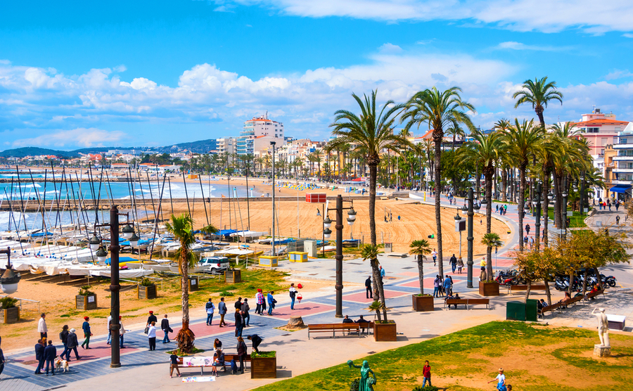 where to buy close to Barcelona