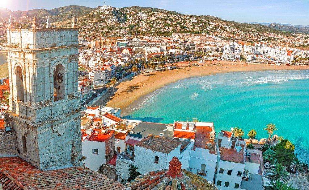 News update: New airport opens in Murcia; new investment in property in Mijas