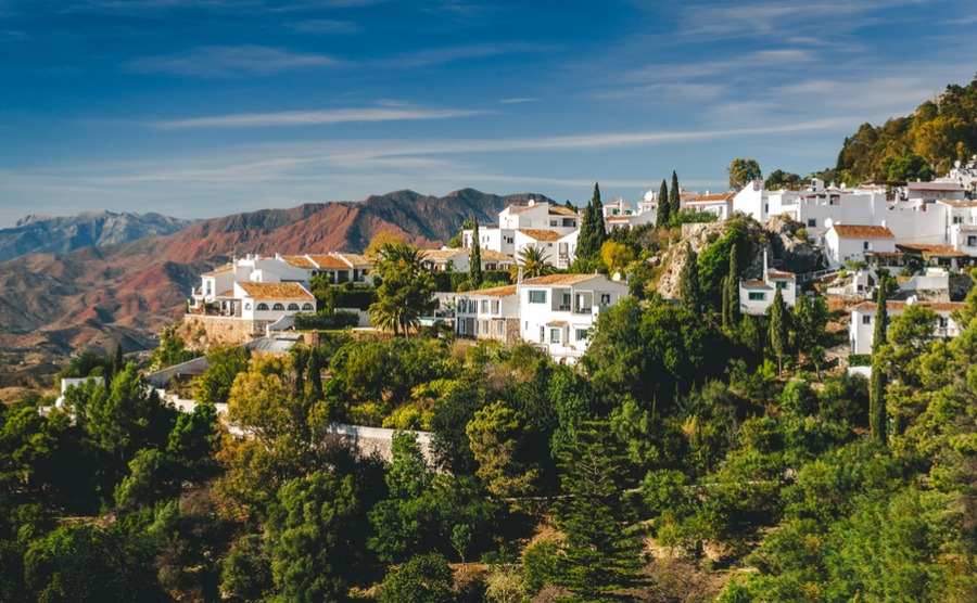 Plenty of good news for overseas buyers, from protection of expats' voting rights in Spain to new developments in some of our favourite areas.