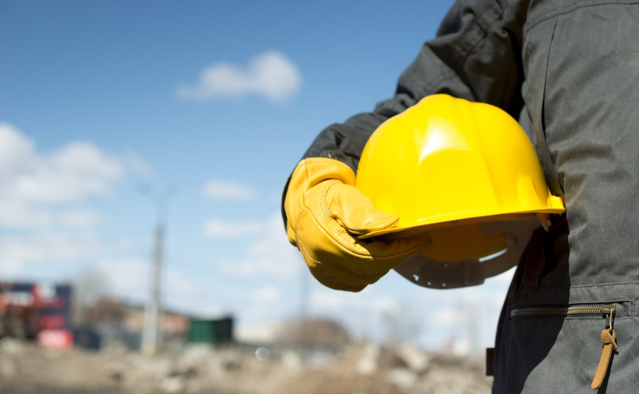 Spain news update: skills shortage as employers search for tradespeople