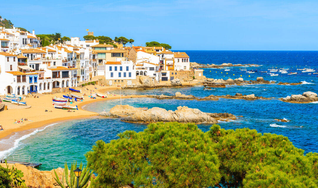 Where to buy on the coast of Catalonia