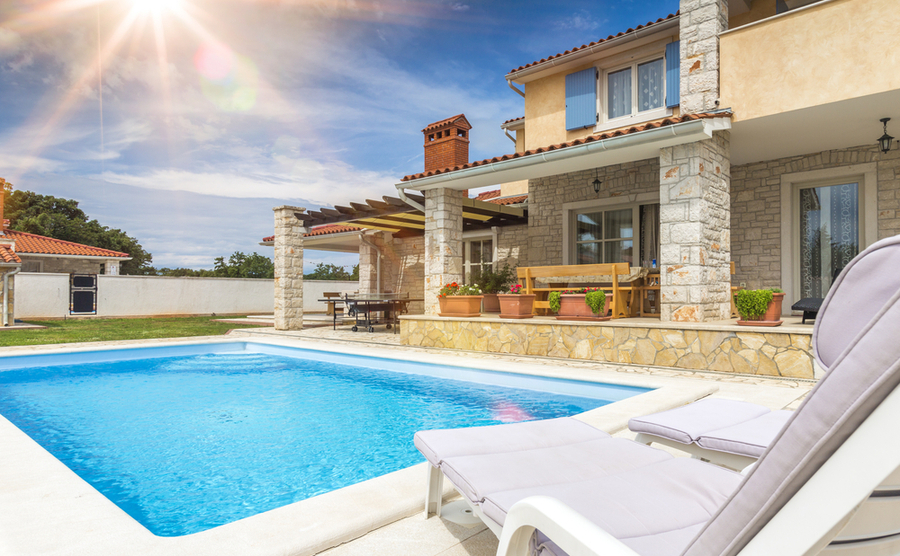 Start by viewing homes online before coming out to Spain.
