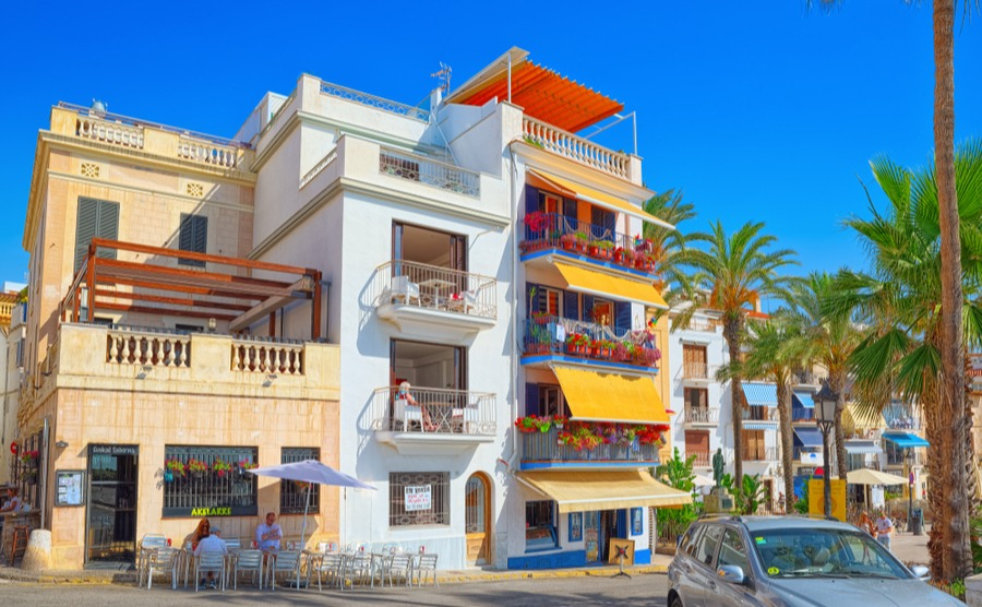 5 crucial questions when choosing your costa property