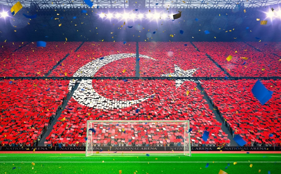 Understanding Turkish customs also means understanding football!