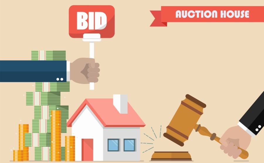 How to buy at a British auction