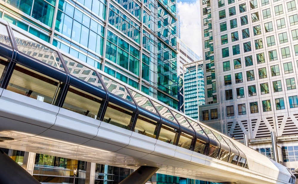 Canary Wharf pedestrian bridge to Crossrail Place in London