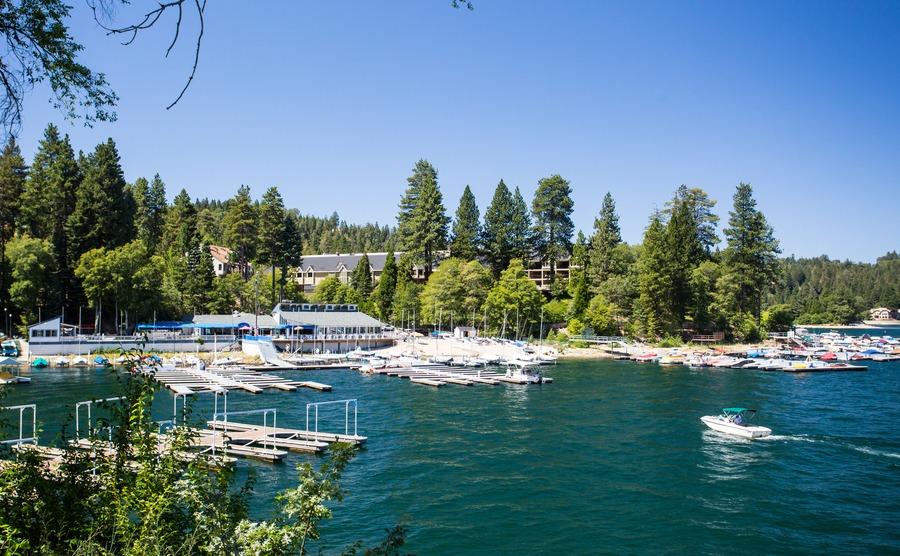 Lake Arrowhead, USA - 16th August 2015: Lake Arrowhead with boats moored on a hot summer's day near Los Angeles, California, USA