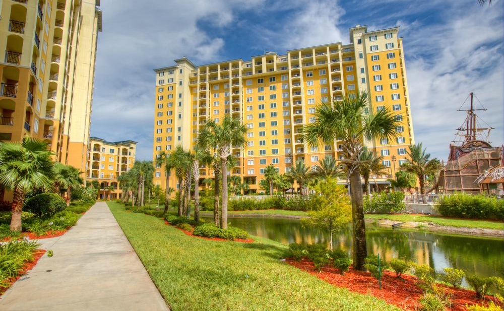 The Bacon's expert realtor from The Orlando Agency, introduced them to the idea of apart-hotel investment properties in Florida.