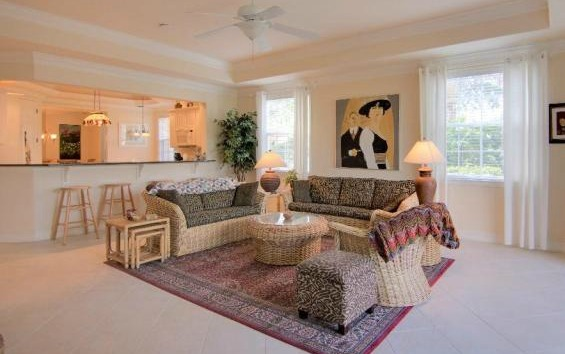 Move to Central Florida: This two-bed apartment is going for just $260,000.